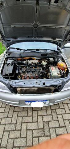 Astra GLS 2.0 16 V - Foto 6