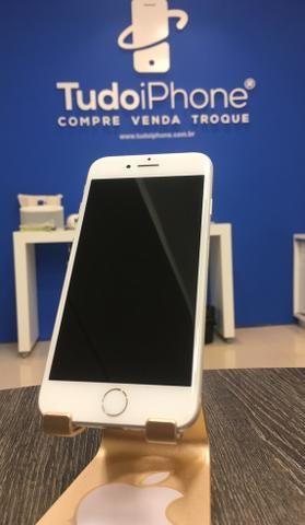 IPhone 7 - 32GB - Usado - Silver (Prata com Branco)