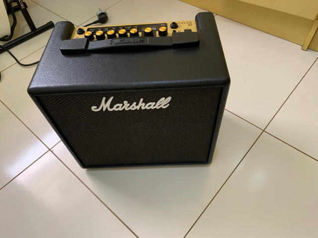 Cubo Marshall code 25 com footswitch - Foto 4