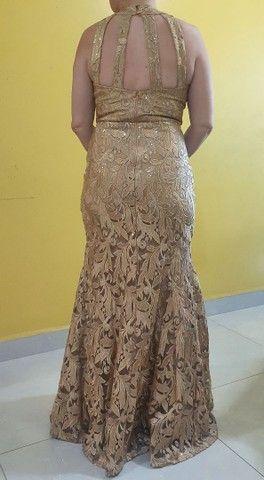 Vestido de Festa ELAÉ Dourado - Foto 2