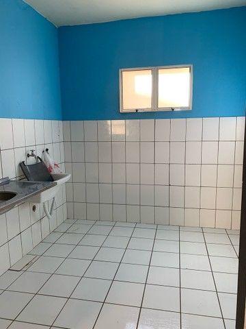 Alugo apartamento dois quartos , sala quarto e cozinha, 440 mensal  - Foto 6