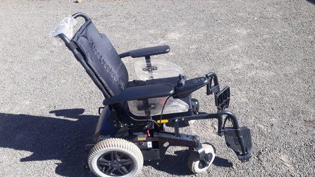 Cadeira de Rodas Motorizada Eletrica SEMI NOVO  - Foto 3