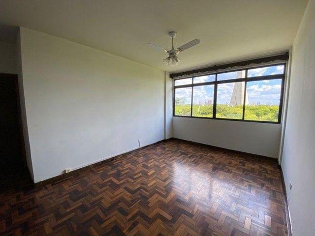 VENDA   Apartamento, com 3 quartos em CENTRO, MARINGÁ - Foto 4