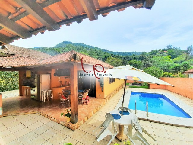 Luxuosa Casa com 4 Quartos, Bem Localizada, Rua Tranquila, 05 min Centro Histórico - Petró - Foto 6