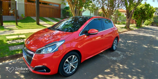 Peugeot 208 Griffe 1.6 AT 2017