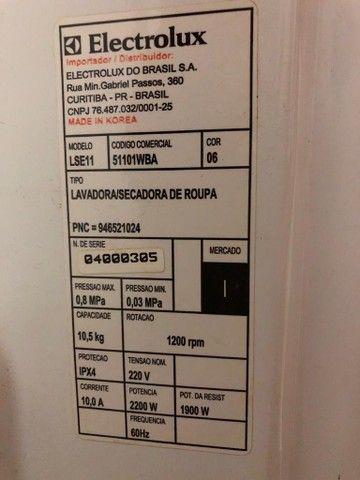 Lavadora e secadora Eletrolux LSE11 - Foto 6