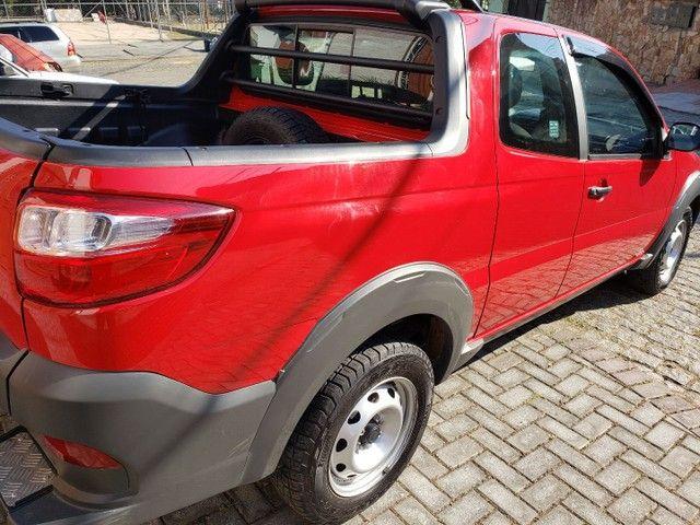 Fiat Strada Cabine Dupla, 3 portas, pouco rodada
