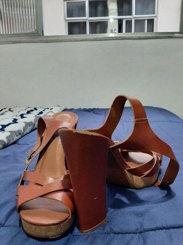 Sandálias seminovas 37 - R$20,00 cada - Foto 5