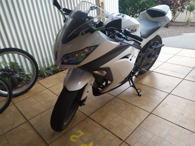 Kawasaki ninja 300 - Foto 3