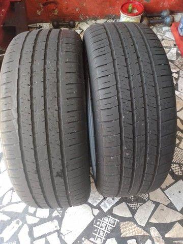 2 pneus aro 18 215/55/18 seminovo - Foto 2
