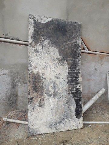 Madeirite preto 10mm usado 2,20x1,10