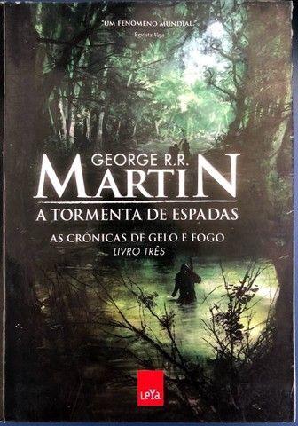 As Crônicas de Gelo e Fogo - Livro Três (Game of Thrones)