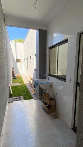 Linda Casa de 3 quartos com suíte - Foto 13