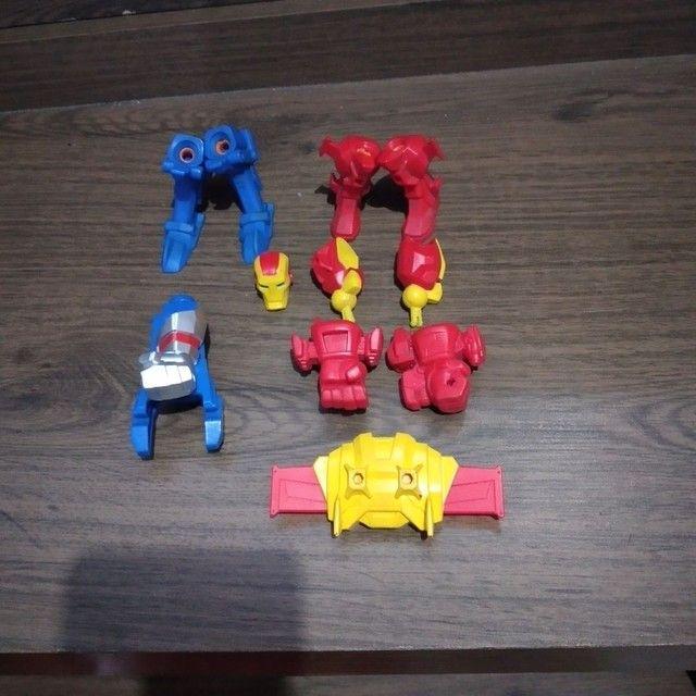 Bonecos Marvel original que troca partes do corpo e peças  - Foto 6