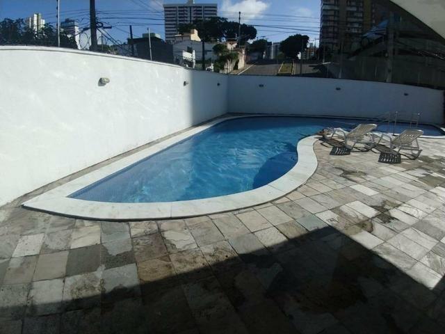 Excelente apartamento em Petrópolis