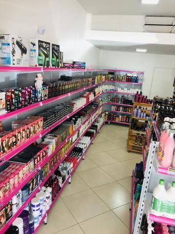 Gondula loja de cosméticos