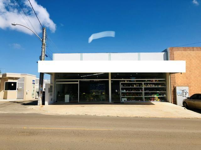 Vendo SHA CH:58B - Arniqueiras - prédio comercial - ótima renda de aluguel