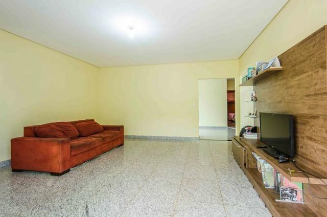 Bela casa no Park Way quadra 8 com 4 suítes + Loft com 2 quartos - SMPW 8 - Foto 8