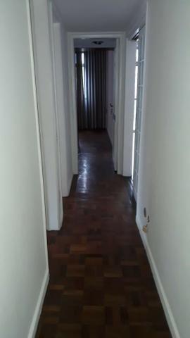 Apartamento 3 quartos, sendo 1 suíte-Com vaga -Centro-Petrópolis - Foto 2