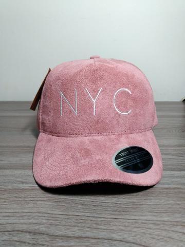 Boné NYC Camurça Rosa e Azul