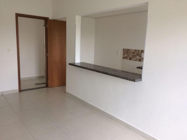 Ap de um quarto bairro santa marta mil reais com cond - Foto 2