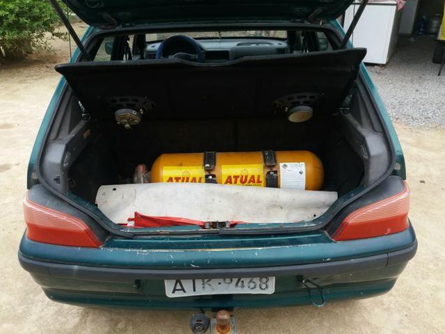Peugeot 106 com gnv GB para retirar peças . - Foto 2