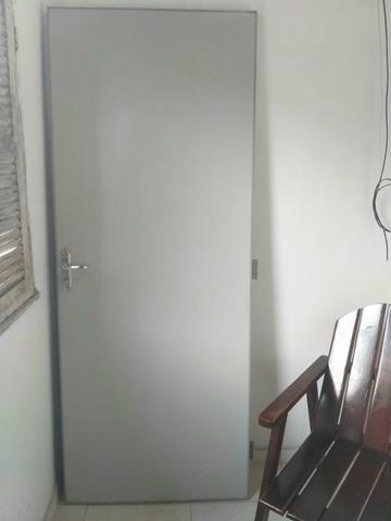 Porta.Altura 2,10 comprimento 82,00 cm - Foto 3