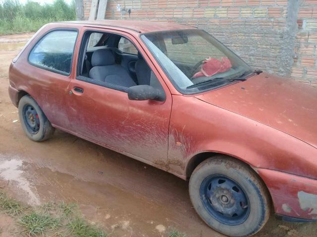 Vende-se um ford fiesta 3500 - Foto 2
