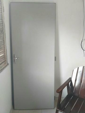 Porta.Altura 2,10 comprimento 82,00 cm - Foto 4