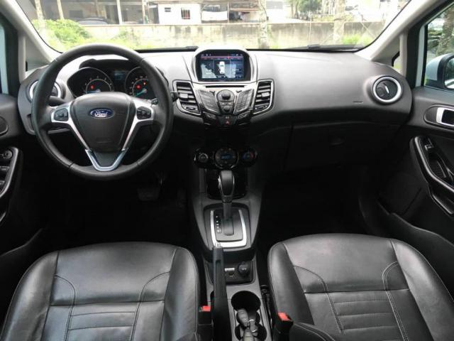 Ford New Fiesta Hatch 1.6 TITANIUM AUT IMPECÁVEL - Foto 16