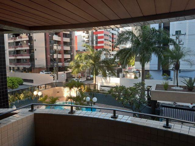 Apartamento três quartos mais dependência  - Foto 3
