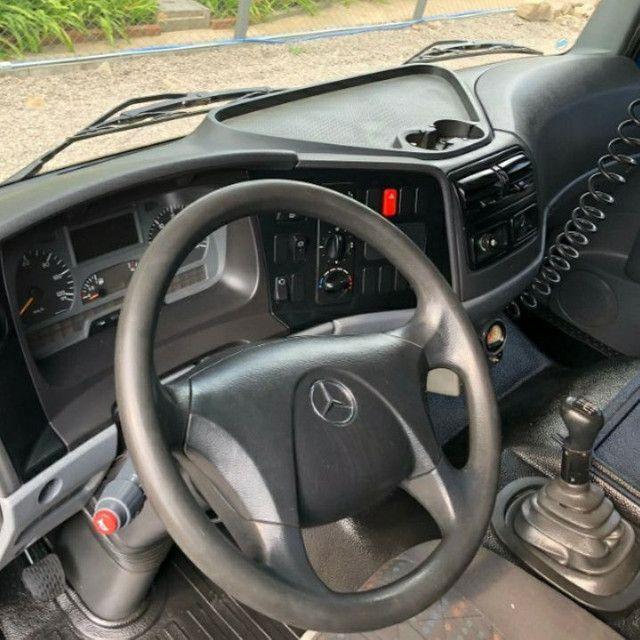 Mercedes Benz  - Foto 5