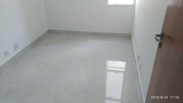 Apartamento B. Caravelas. COD A203. 2 qts/suíte, elevador,69 m². Valor 200 mil - Foto 9