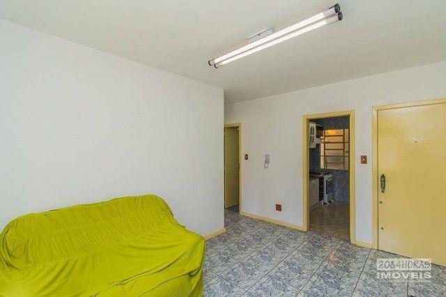 Apartamento MOBILIADO com 2 dormitórios à venda, 58 m² por R$ 212.999 - Nossa Senhora das  - Foto 4