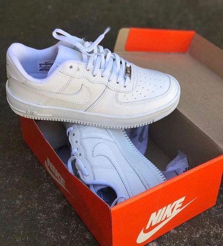 Vendo tênis nike air branco