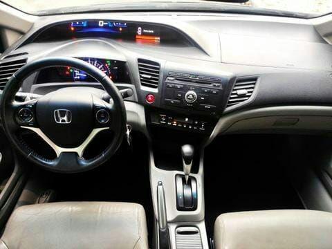 Honda Civic sedan LXR  - Foto 3