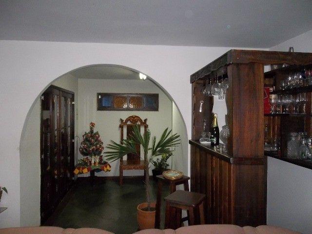 Vendo casa 04 quartos,piscina,mais apartamento,piscina,centro de vassouras - Foto 5