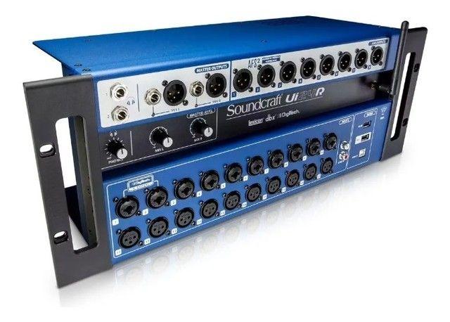 Mesa De Som Digital Soundcraft Ui24r 24 Canais