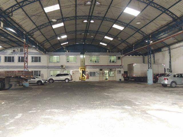Excelente Galpão 1500m² com pé Direito 6m Escritório Entrada de Caminhão na Vila Mathias - Foto 2