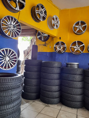 Tenho promoção de pneus 15 por 210 ligue Adriano  - Foto 3