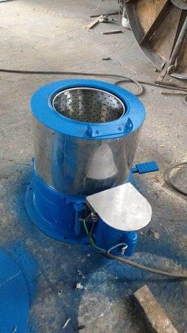 Centrifuga de roupas em aço inox cap 6 kg seco 12 kg molhado