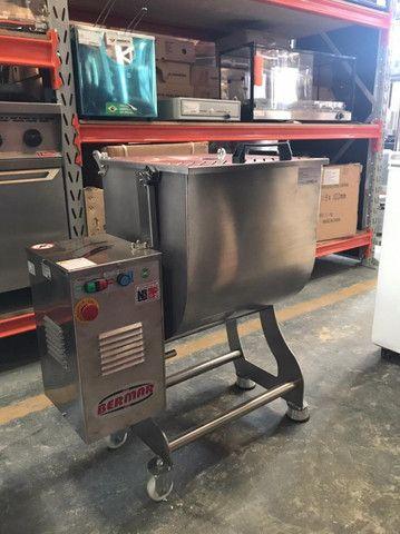 v- Misturador de Carnes 100 litros - Foto 2