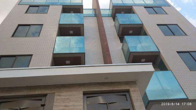 Apartamento B. Caravelas. COD A203. 2 qts/suíte, elevador,69 m². Valor 200 mil - Foto 14