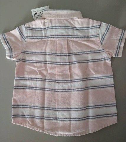 Blusa de botão importada para bebê (Nova, com tag) - Foto 3