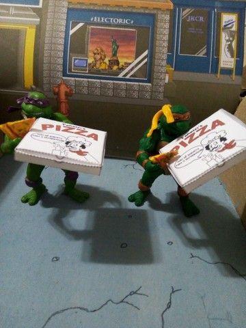 Tartarugas Ninja Donatello e Michelangelo como novos, sem as arminhas - Foto 2