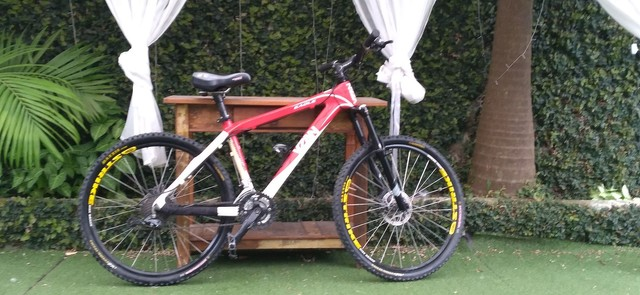Bicicleta de fibra de carbono toda Shimano  - Foto 3