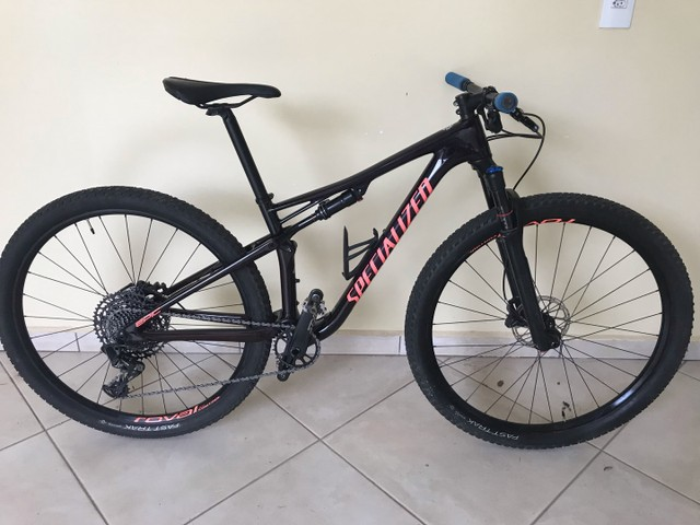 Bike specialized full carbono Epic expert 2019