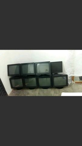 Vendo 8 monitores