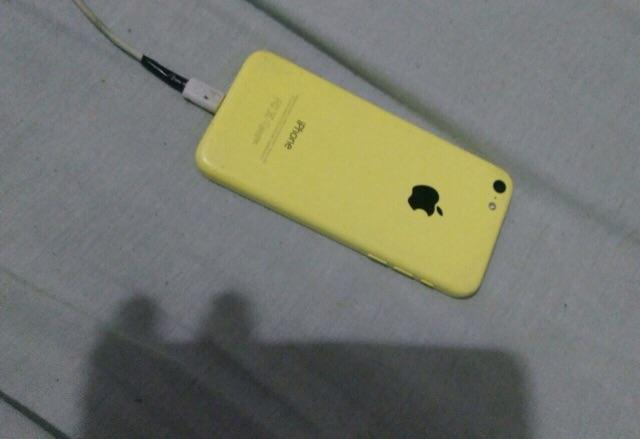 IPhone 5c de 16GB por Moto G5