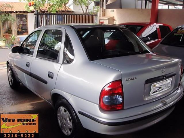 CHEVROLET CORSA SEDAN 2003 1.6 MPFI CLASSIC SEDAN 8V GASOLINA 4P MANUAL